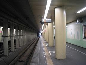 http://www.tsuchibuta.com/jr-east/musashinoline/20shinyahashira/IMG_1282.jpg