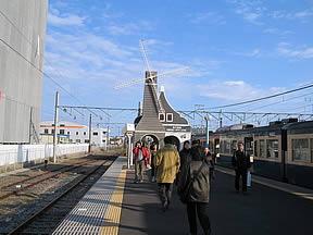 銚子駅(JR東日本・総武本線・銚子電鉄)駅舎・駅名標・ホーム・駅前写真・画像
