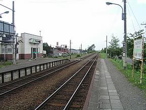 千代ヶ岡駅(JR北海道・富良野線...