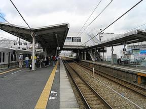網干駅(JR西日本・山陽本線)駅...